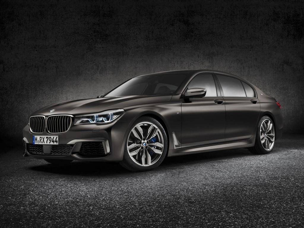 BMW M7 Exterior